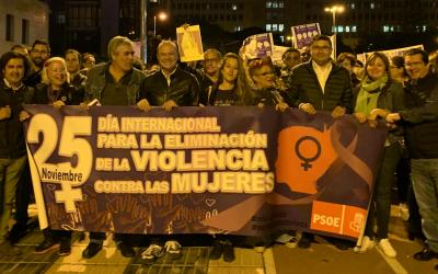 Manifestación por el Día Internacional de la Eliminación de la  violencia contra la mujer